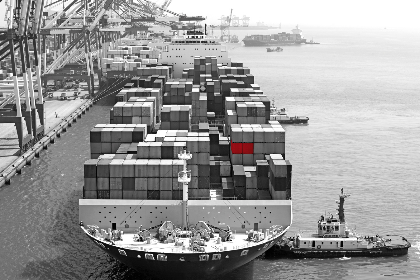 Image of a container ship